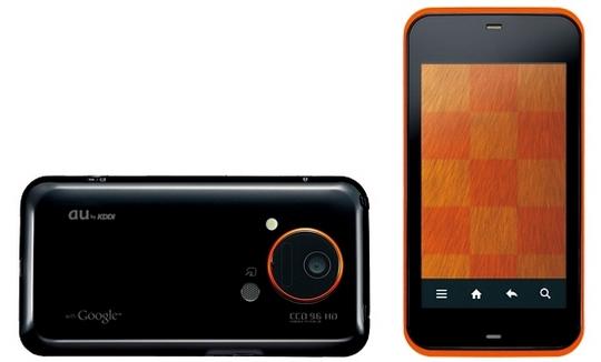 IS03発売、スマートフォンと日本ケータイとの融合の第1歩