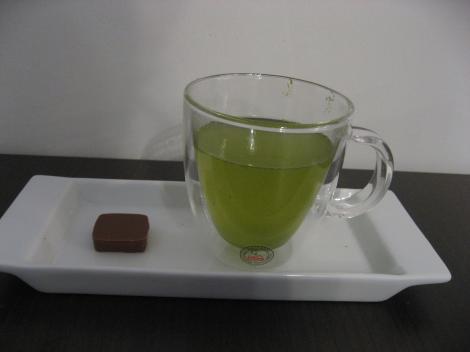 日本茶も飲める