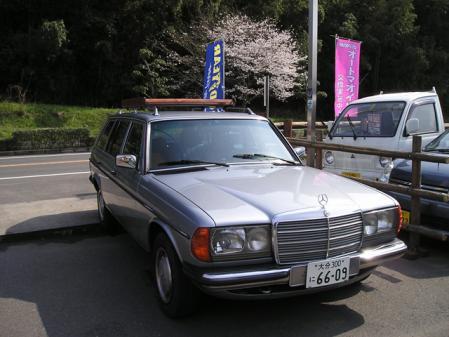 benz323.jpg