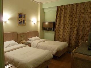 エミリオホテル2