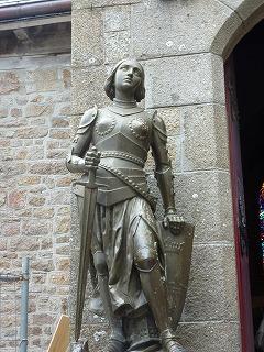 モンサンミシェル49-ジャンヌダルク像