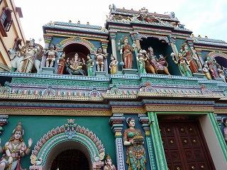スリ・バダパティラ・カリアマン寺院2