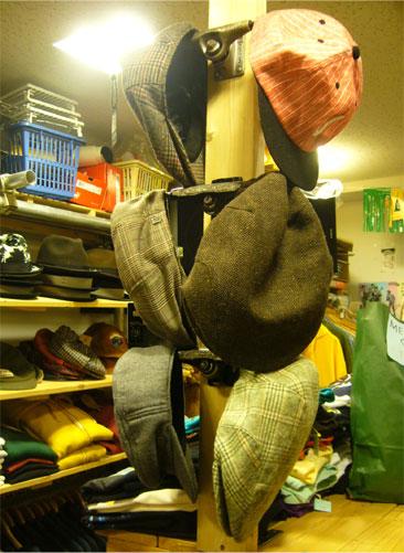 old-trucks-hat-hanger-1.jpg