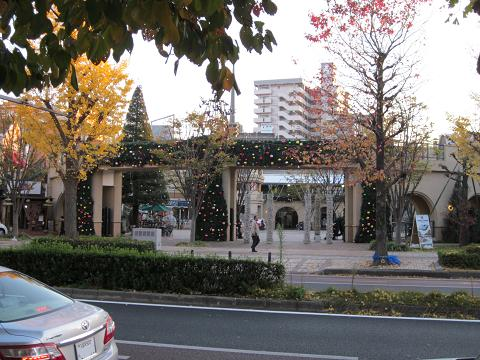 2010年12月03日郵便局前01