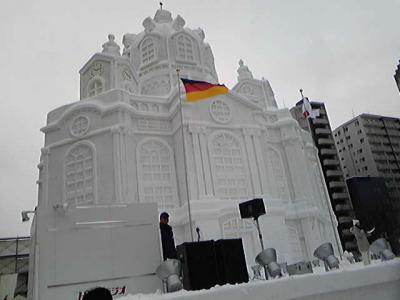 大通西7丁目・ドイツのフラウエン教会