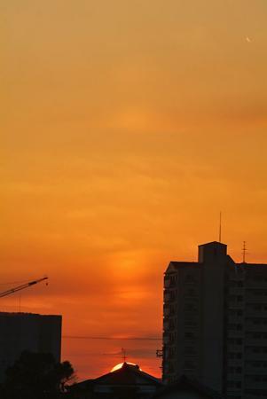 日没の太陽柱