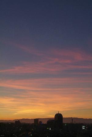 色づく豊旗雲