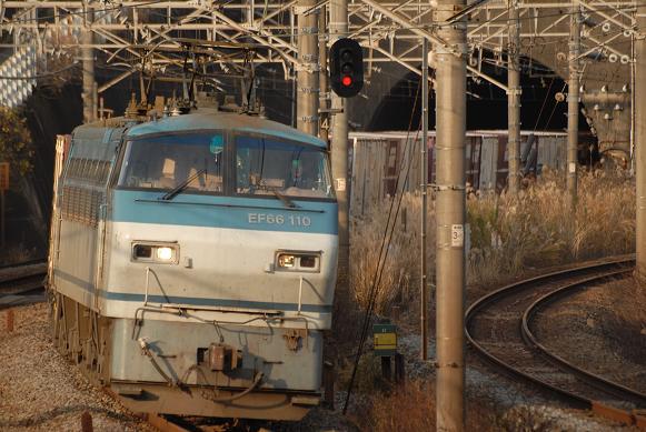 レ EF66-110