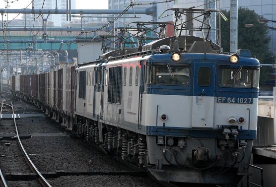 89レ EF64-1027