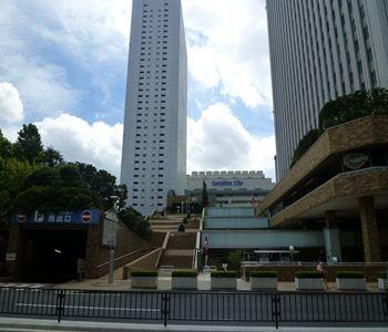 tky ikebukuro otome road 02 20110824_R