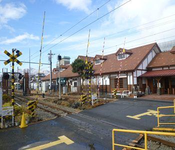 36-fujikyu kawaguchiko sta 05 20111209_R
