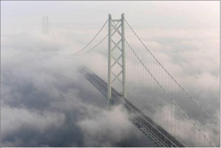 明石大橋濃霧