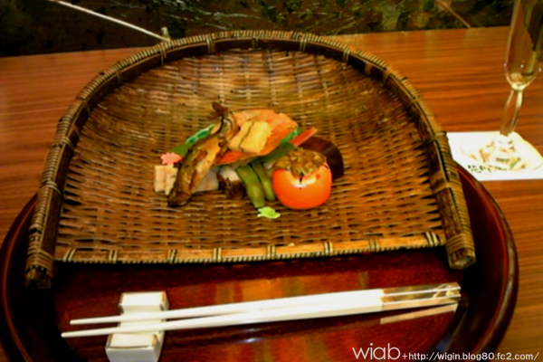 このザルの器が良い味出してる。 秋ですね♪