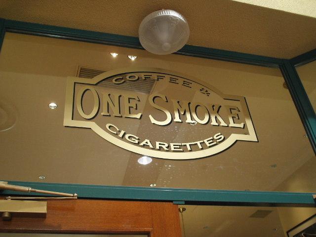 喫煙天国です。