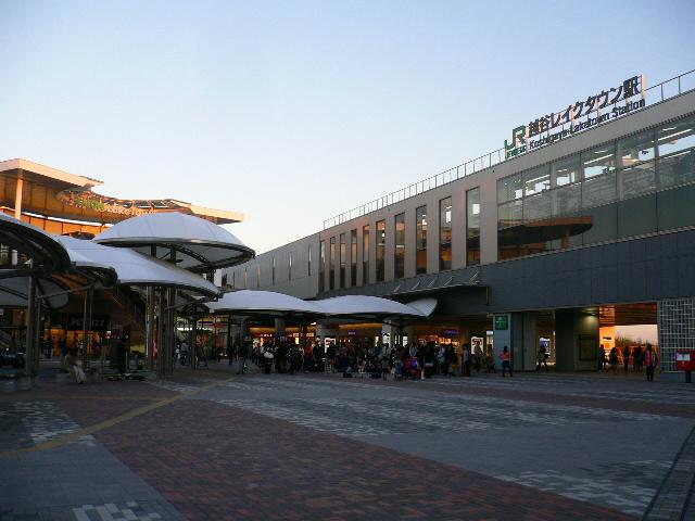 越谷レイクタウン駅。。