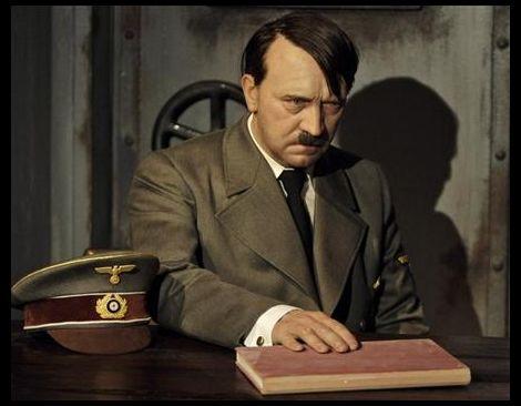 DER UNTERGANG_Hitler_wax