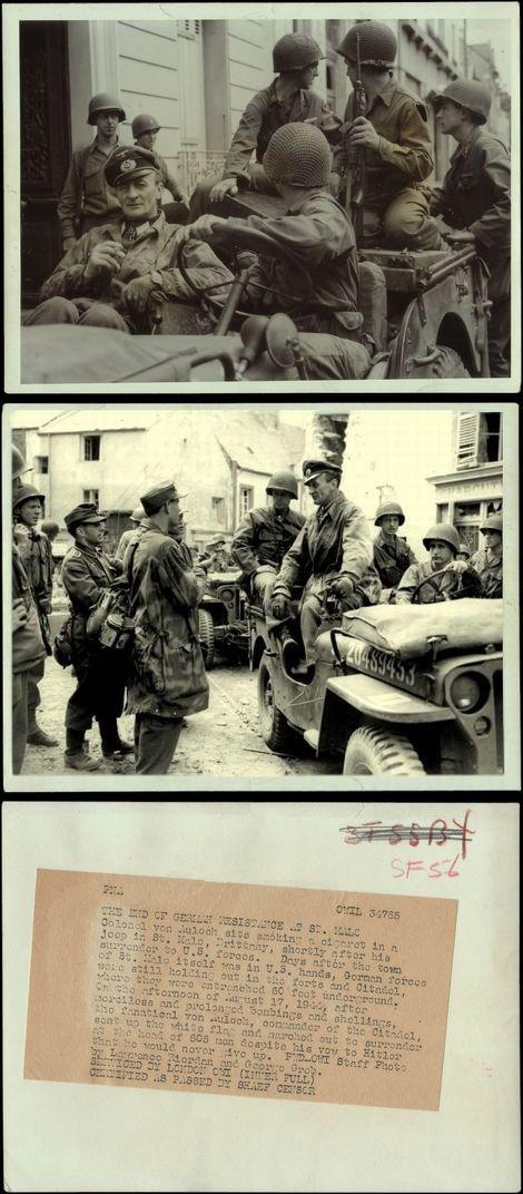 """投降するアウロック要塞部隊""""サン・マロ""""司令官"""