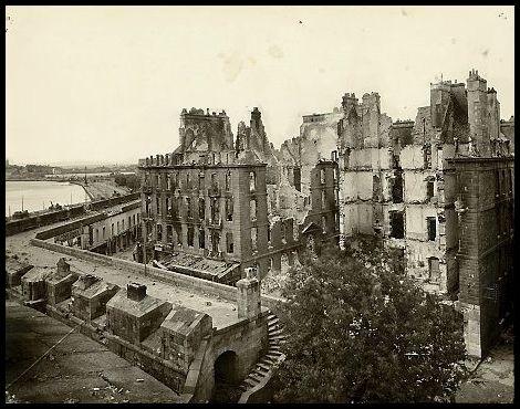1944年崩壊後撮影のサン・マロ市街