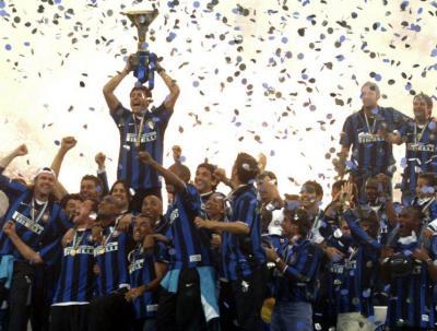 inter-milan-champion-d-italie-2008_diaporama 300