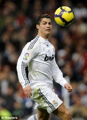 Cristiano+Ronaldo+2_300.jpg