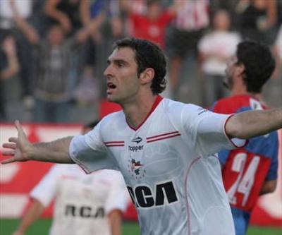mauro+boselli+Estudiantes_400.jpg