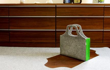 carpetbagmainfixed2.jpg