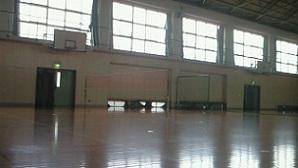 体育館(ちょっと暗め^^;)