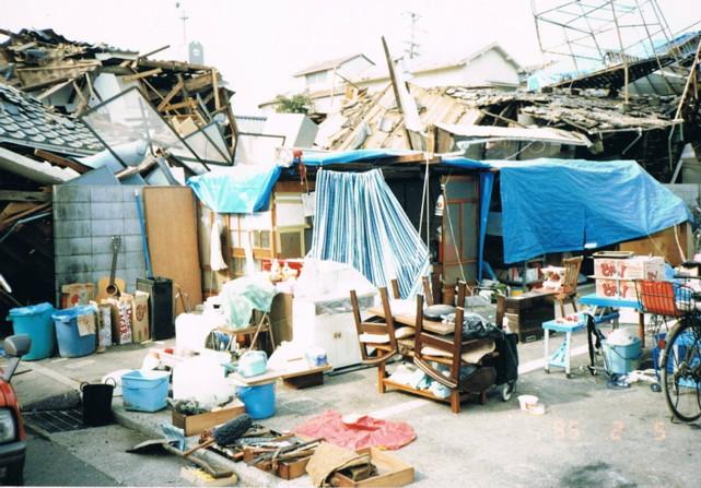 阪神大震災(バラック)
