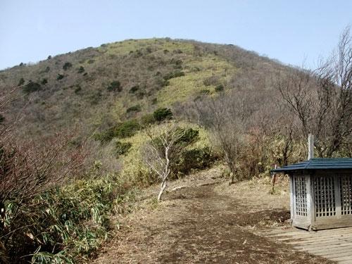 東屋より竜ヶ岳