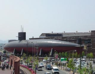 潜水艦側面