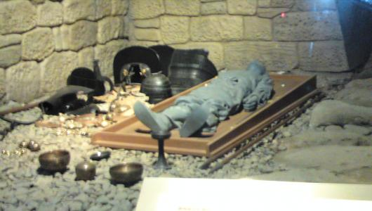 将軍塚石室内部