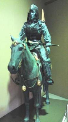 将軍塚古墳騎馬武者像
