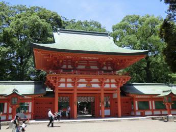 氷川神社楼門