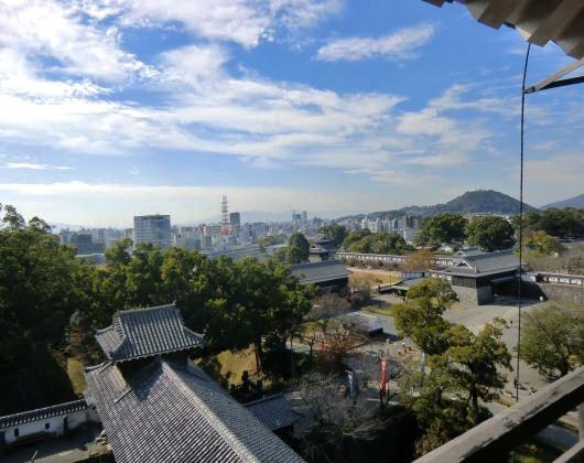 宇土櫓から奉行丸市内を望む