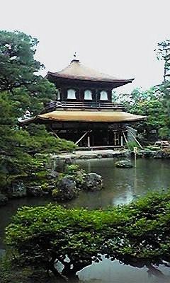 銀閣寺と池090528_1243~01
