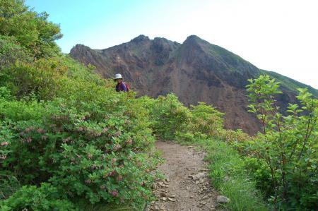 7朝日岳への尾根