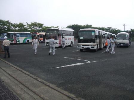 3バス駐車場