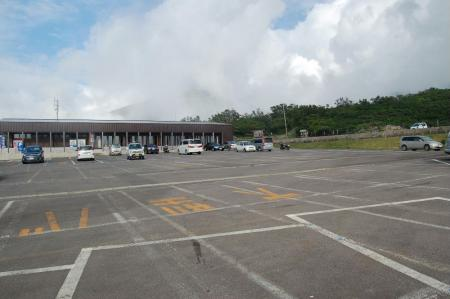 2駐車場1
