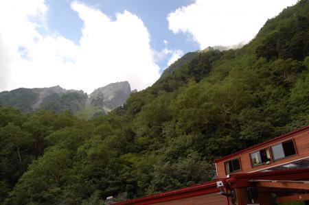15岳沢小屋