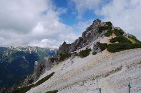 128燕岳へ