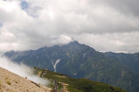 137燕山荘