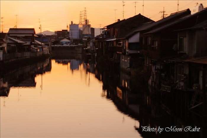 潮取り川の夕景 港橋より 愛媛県西条市新堀下 2009年12月4日