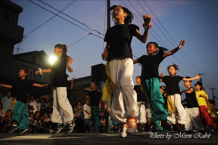 L ダンススタジオ --写真は-- L ダンススタジオの踊り 夏彩祭 in 壬生川 2010 ダ ンス夏彩祭コンテスト 新地通り商店街 愛媛県西条市壬生川 2010年8月22日