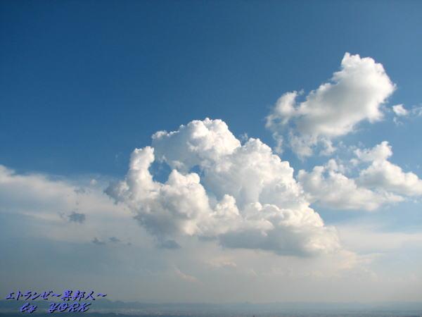 7558青空と雲100725