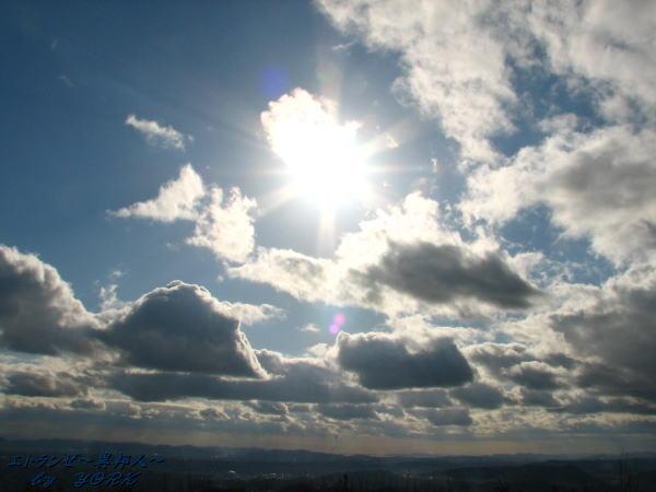 9347雲と太陽110102