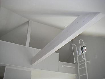 勾配天井クロス貼り完了