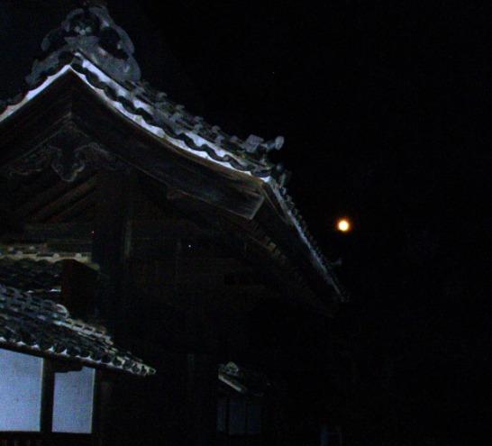 tsuki01.jpg