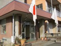 H240316川中卒業式玄関