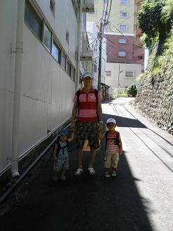 熱海ビーチへ2010.7