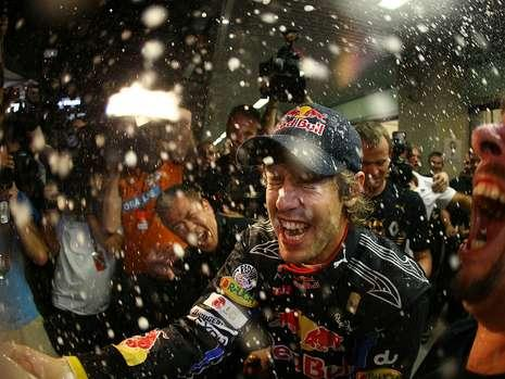 vettel-dusche3-18470099__MBQF-1289813699,templateId=renderScaled,property=Bild,height=349